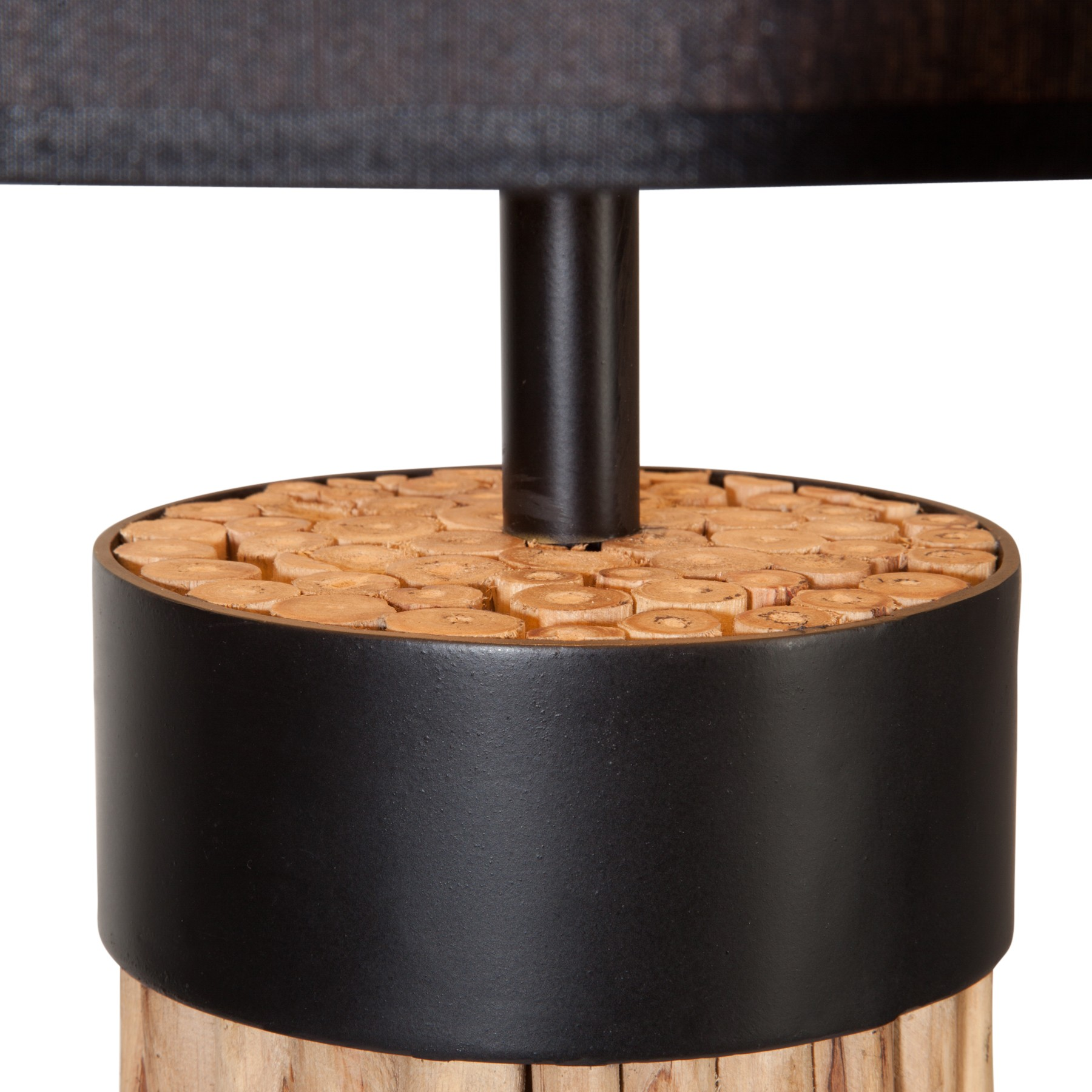 Holz stehlampe von flam luce trend4rooms for Lampen 4room